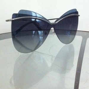 FEATURED Marc Jacobs Blue sunglasses, NWOT